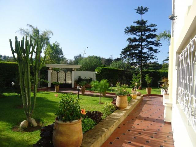 Villa 1828 m² a vendre,Anfa