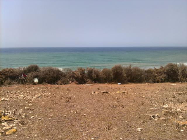 Terrain 12 h pied dans l'eau à Rabat