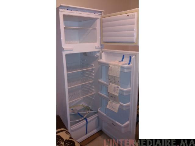 Réfrigérateur encastrable neuf importé d