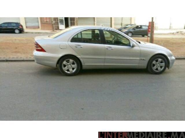 Mercedes 200 a.vendre