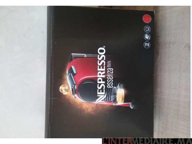 machine à café nespresso essenza mini