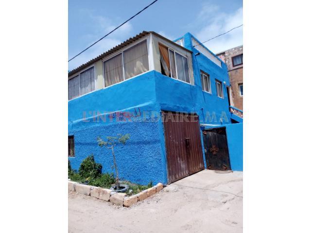 Appartement de deux étages à vendre.