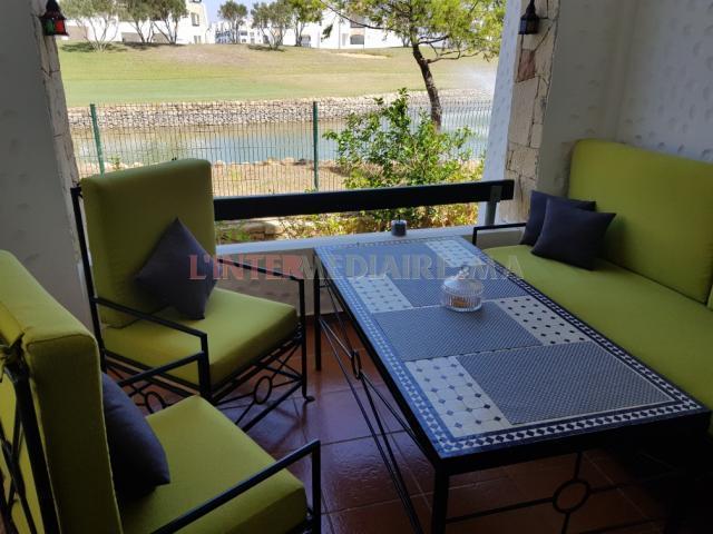 table et 3 chaise
