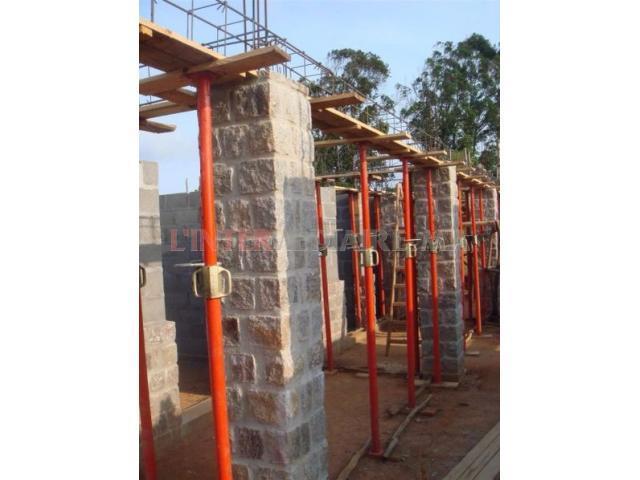 Étais de construction
