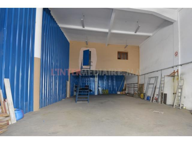 Batiment industriel 370 m², Bouskoura