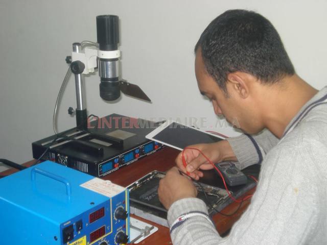 تكوين في إصلاح الهواتف الذكية و اللوحات