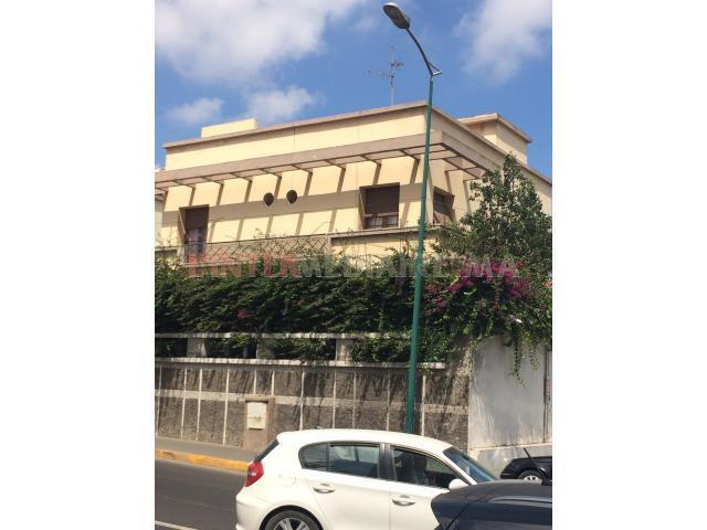 Villa 3 Façade Ensoleiller et terrain nu