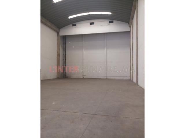 hangar sur le bvd 1140/M bernoussi
