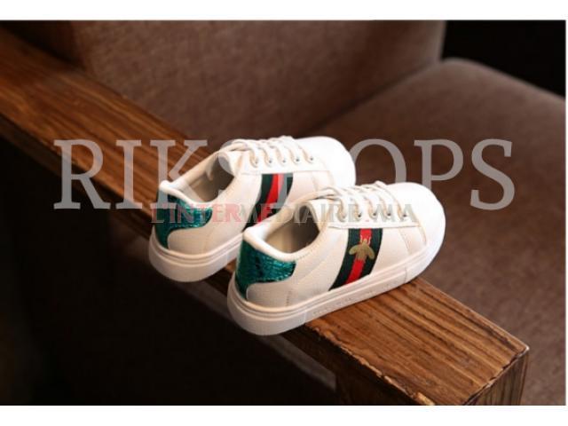 Chaussures pour enfants filles