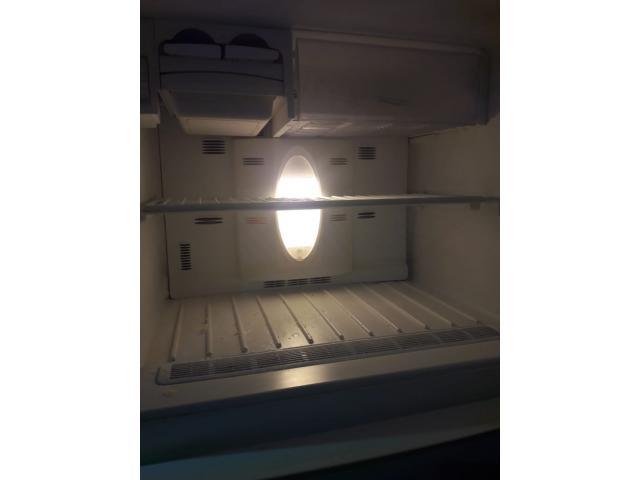 réfrigérateur VESTEL 465L Non Frost