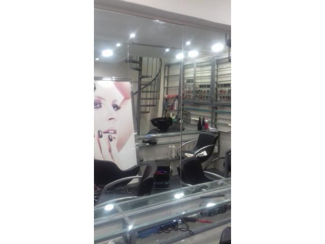 Location Salon de coiffure et esthétique