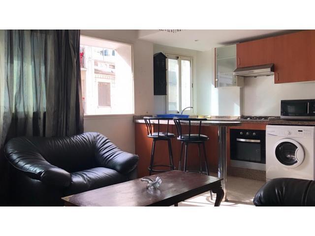 Studio meublé à vendre