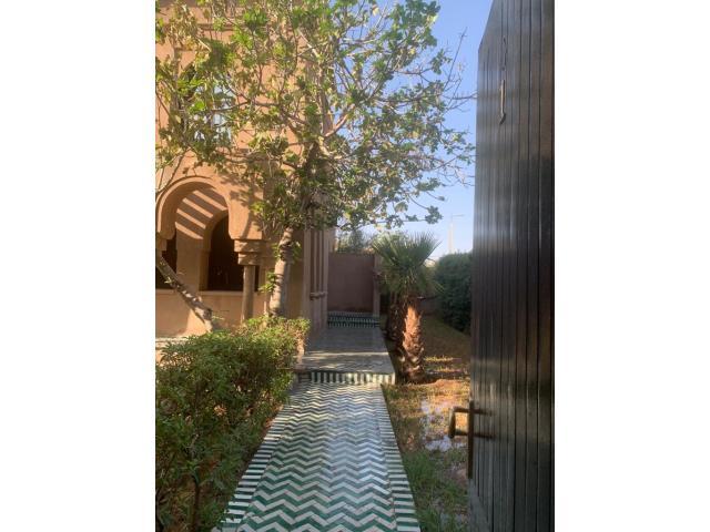 à louer villa 160 m² vide Quartier targa