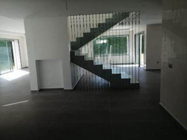 location villa a usage bureau