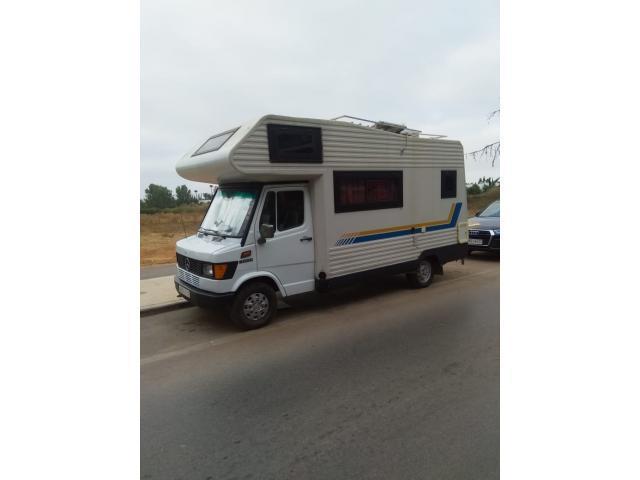 Vend camping car mercedes