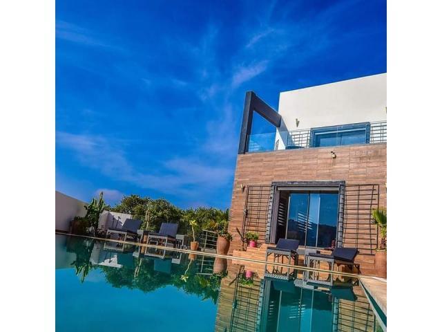 Splendide villa avec piscine à vendre