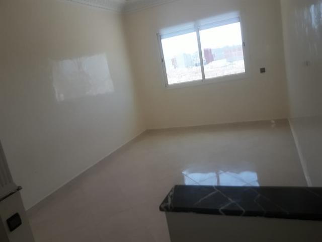 Appartement à bouznika avec terrasse