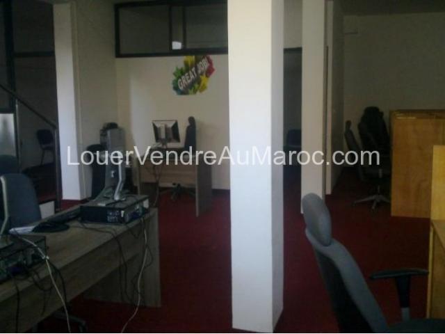 Location Appartement bureaux a Sala al j