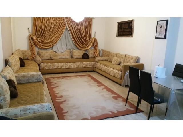 un salon marocain complet