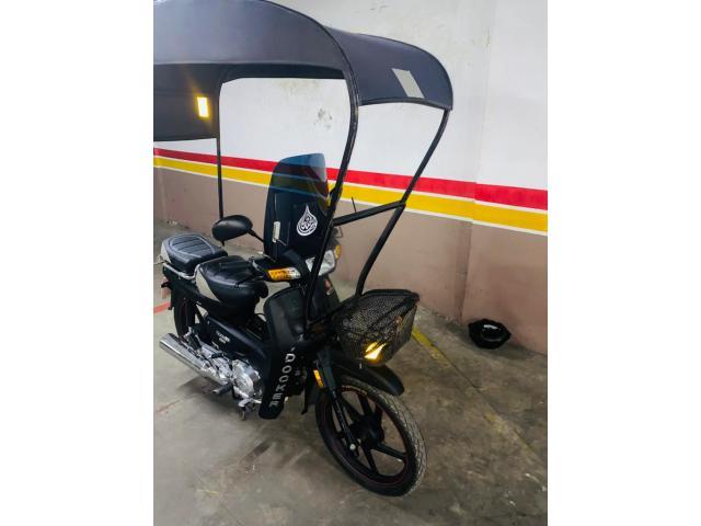 Moto docker c50 jdid Casablanca